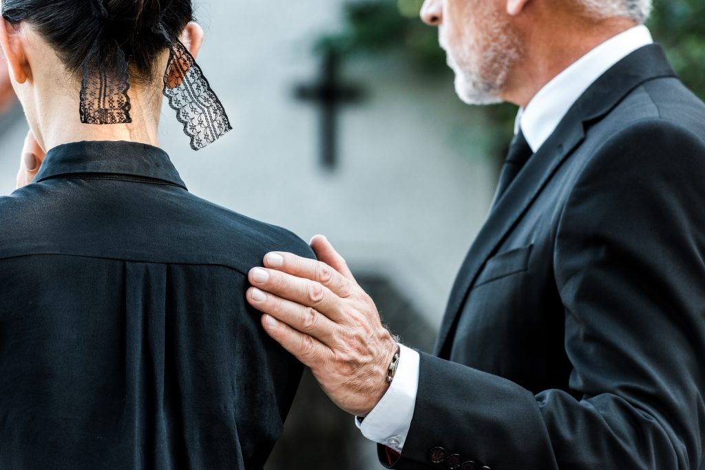 What Should You Not Say at a Funeral?